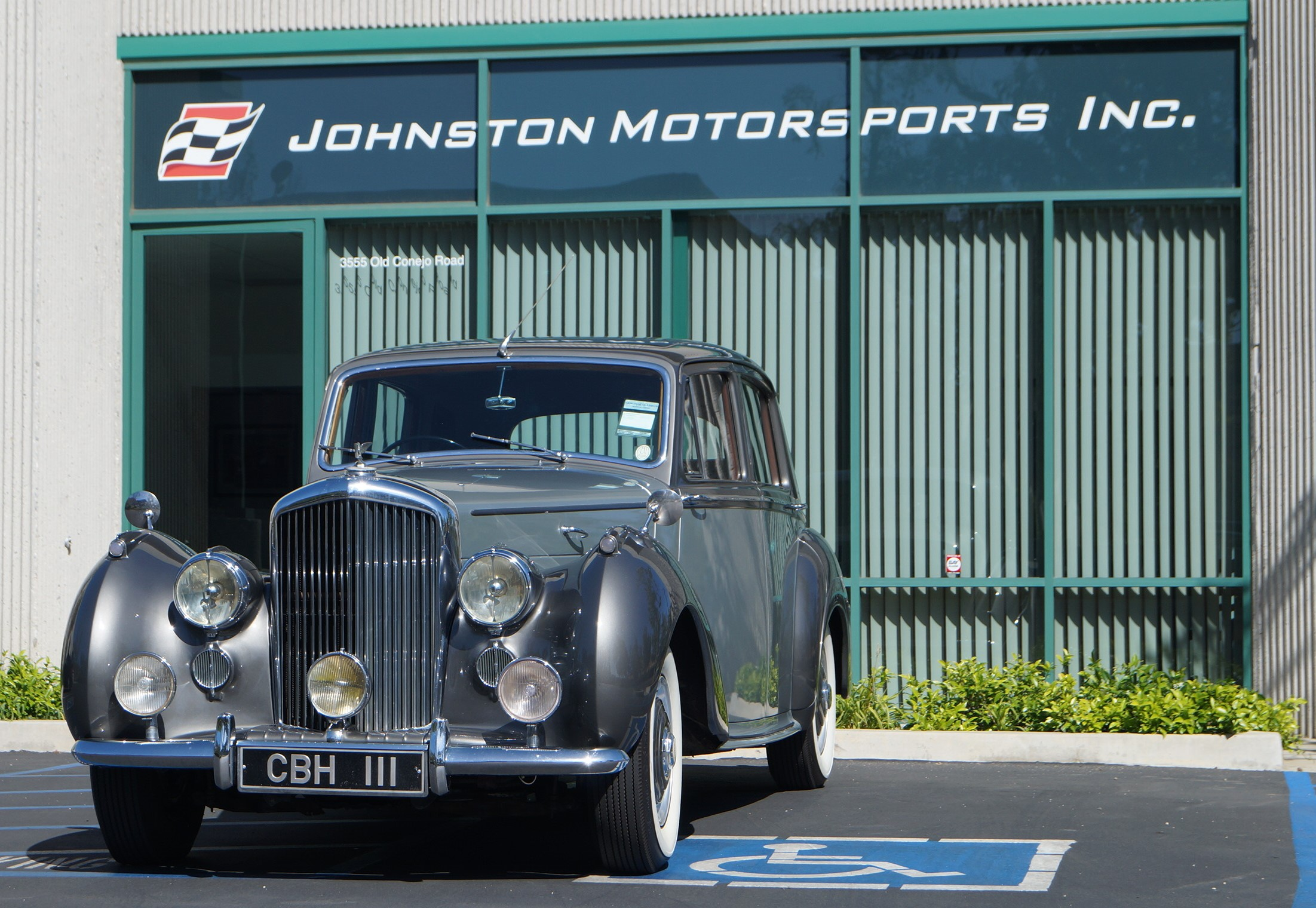 Vintage car at Johnston Motorsports